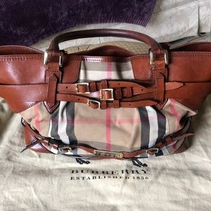 💯Authentic Burberry Checker & Cognac Leather bag